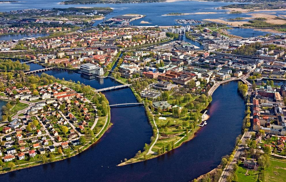 Schoolchildren in Sweden's Värmland have been switched to distance learning